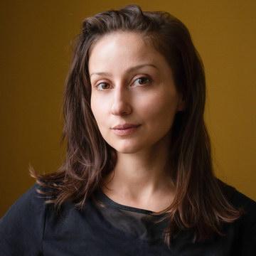 Лиана Гавиала - тренер студии пилатеса Александры Кибзий