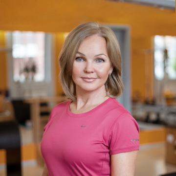 Ангелина Кочетова - тренер студии пилатеса Александры Кибзий