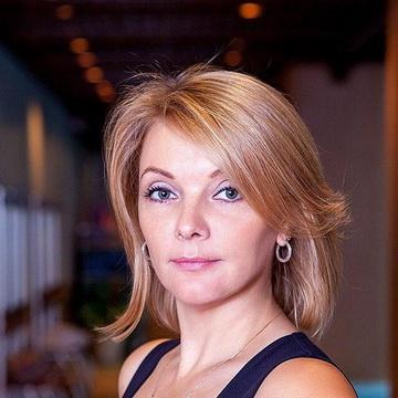 Алёна Набатова - тренер студии пилатеса Александры Кибзий
